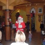 Dzieci odwiedził Mikołaj